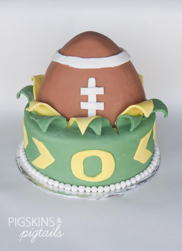 Oregon Football Fan Cake Pigskins Pigtails