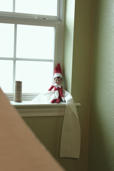 Henry the Elf {Day 16}