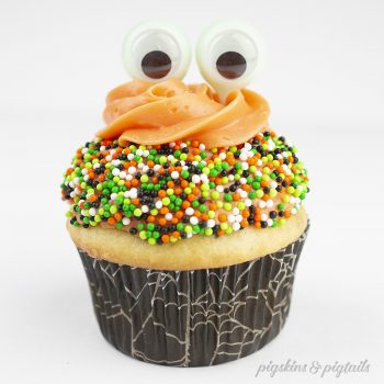 DIY Halloween Cupcakes and a Party-in-a-Box Instagram Giveaway